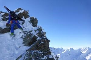 Klettern mit Skischuhen braucht etwas Übung